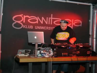Koncert hip-hopowy w Grawitacji 2