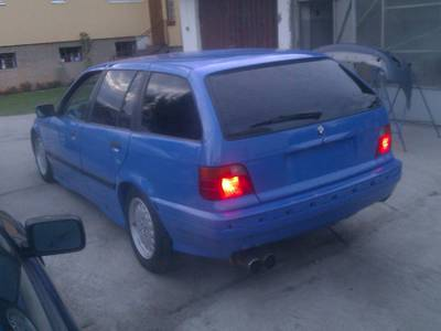 Bmw e36 Touring Santorini Blue 2