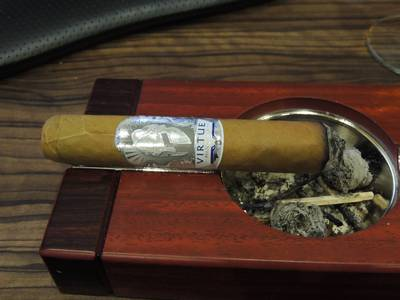 Man O'War Virtue Toro 2