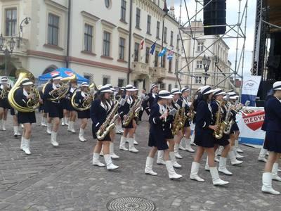 Dziewczęca Orkiestra Dęta Koncert 25.05.2013. Rzeszowskie Święto Transplantacji 2