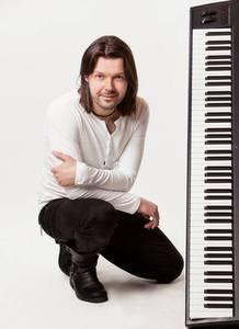 Adrian Adamski
