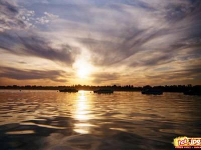 Anioł nad jeziorem