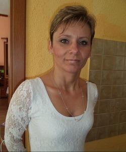 Szukam sponsora w zamian będę Twoją suką . 40 latka z Gorzowa - lubuskie