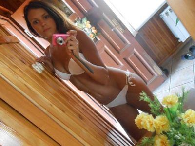 Sandra 21 letnia suczka z Gliwic pozna pana po 40