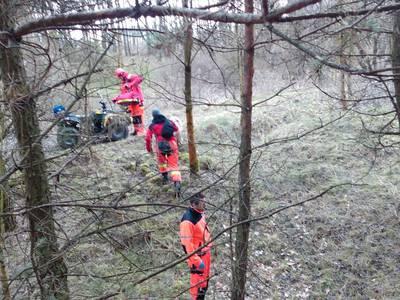 16.03.19 - cwiczenia z poszukiwań i ewakuacji w lesie 5
