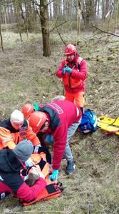 16.03.19 - cwiczenia z poszukiwań i ewakuacji w lesie 27