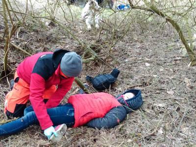 16.03.19 - cwiczenia z poszukiwań i ewakuacji w lesie 64