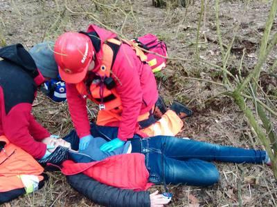 16.03.19 - cwiczenia z poszukiwań i ewakuacji w lesie 70