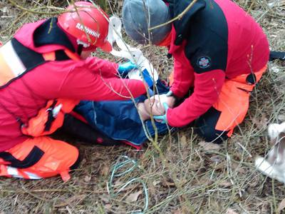 16.03.19 - cwiczenia z poszukiwań i ewakuacji w lesie 75