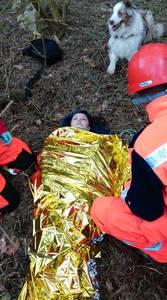 16.03.19 - cwiczenia z poszukiwań i ewakuacji w lesie 78