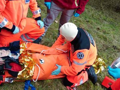 16.03.19 - cwiczenia z poszukiwań i ewakuacji w lesie 110