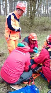 16.03.19 - cwiczenia z poszukiwań i ewakuacji w lesie 114