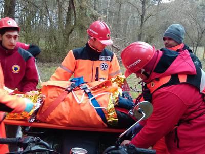 16.03.19 - cwiczenia z poszukiwań i ewakuacji w lesie 115