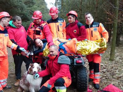 16.03.19 - cwiczenia z poszukiwań i ewakuacji w lesie 120