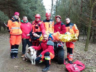 16.03.19 - cwiczenia z poszukiwań i ewakuacji w lesie 125