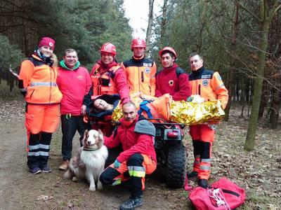 16.03.19 - cwiczenia z poszukiwań i ewakuacji w lesie 126