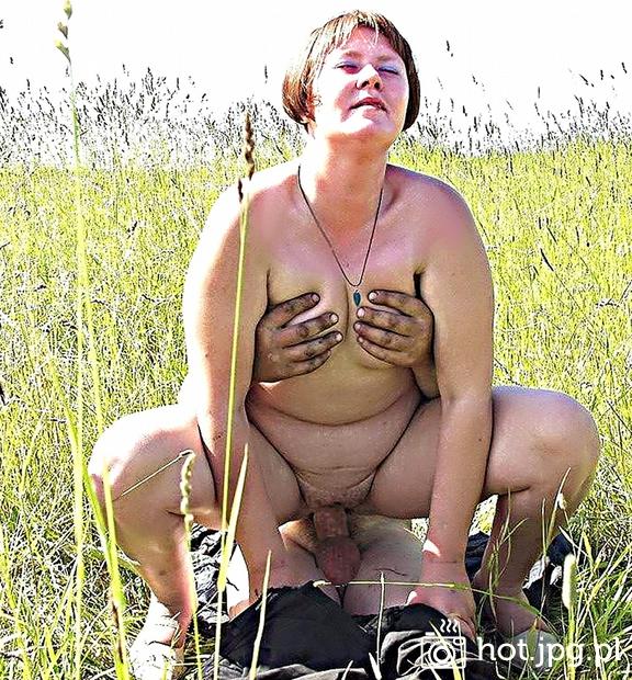 голые старушки в деревне фото
