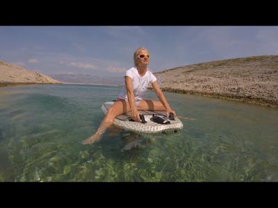 wakacje z elektryczną deską wodną
