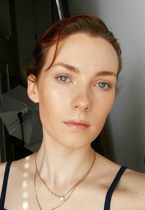 Ania 1