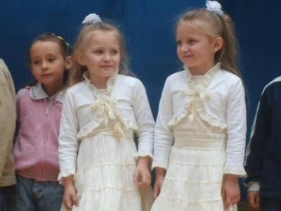dziewczynki na festynie :):)