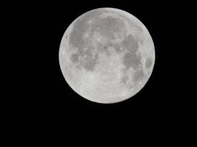 Księżyc 1
