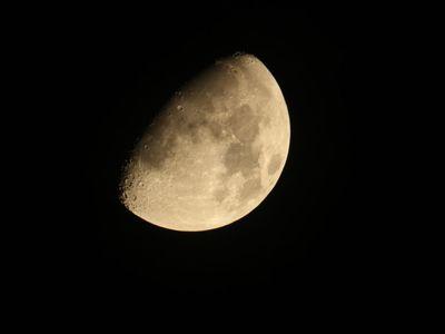 Księżyc 5