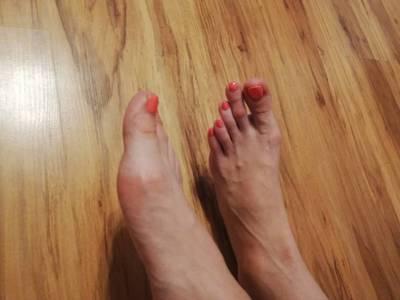 Stopy - długie palce 4
